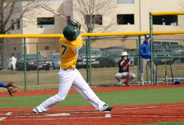 Baseball splits with SEU