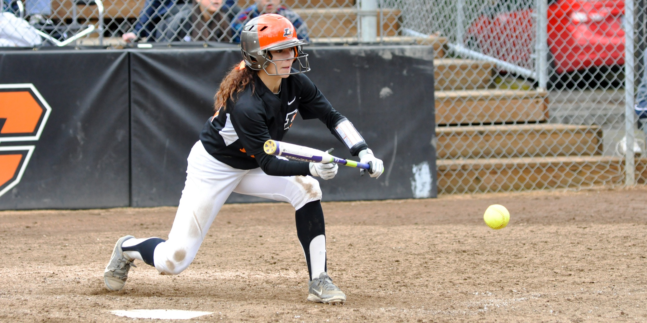 Lewis & Clark uses five-run second to win game two and split with Willamette