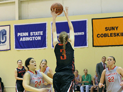 Roser Powers Women's Basketball Past Hilbert
