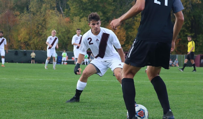 Men's Soccer Falls at Adrian but Remains in Playoff Picture