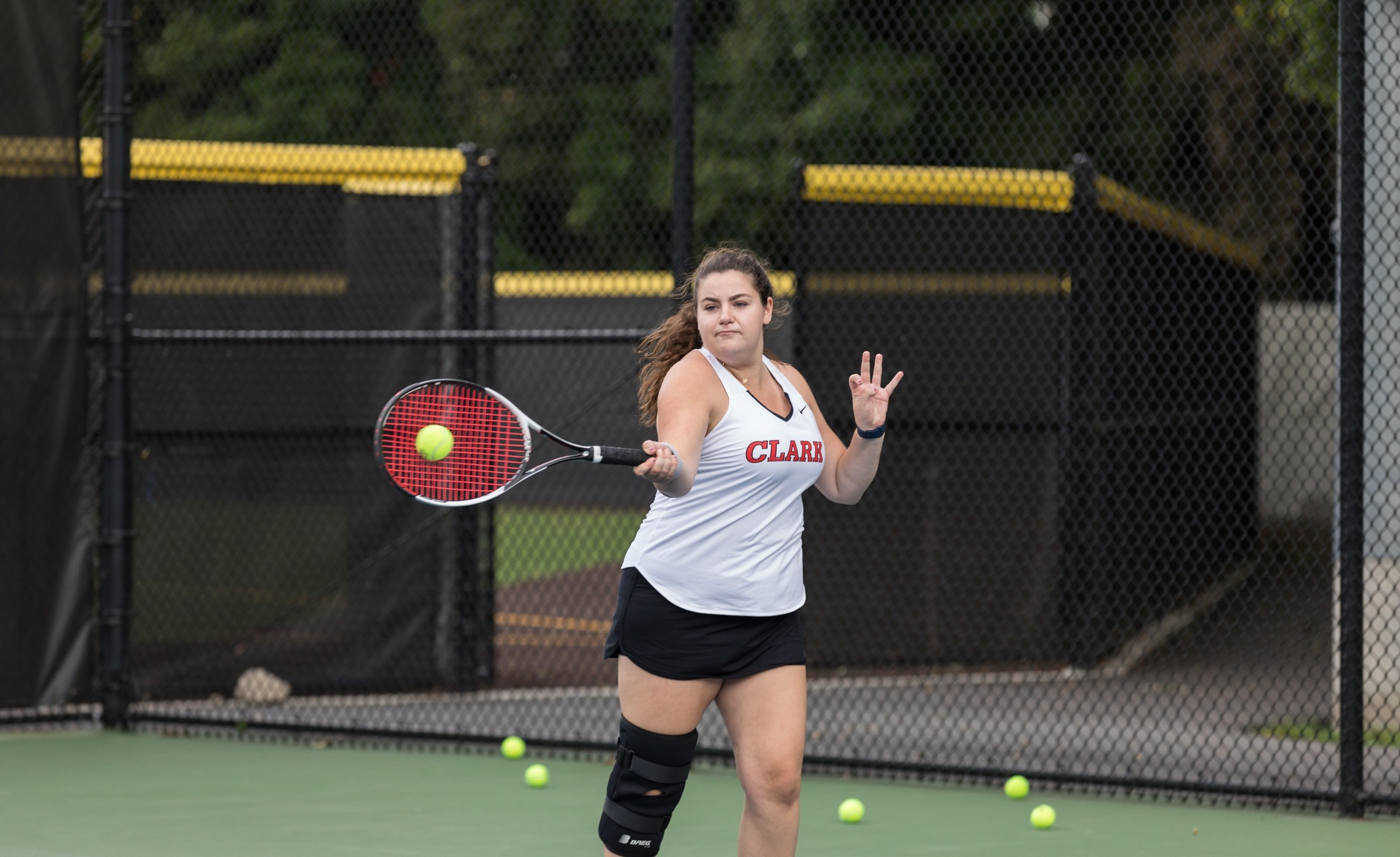 Tennis Falls at Division I Holy Cross