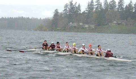 Crew performs well at Lewis & Clark Invitational