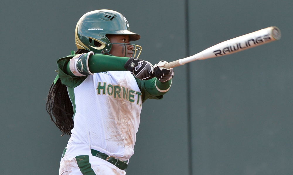 SOFTBALL KEEPS IT ROLLING IN LOS ANGELES, BEATS TWO MORE OPPONENTS