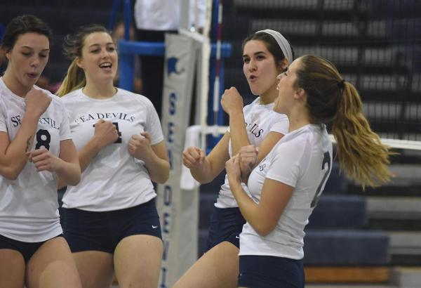 CFCC Volleyball Wins Seventh Straight