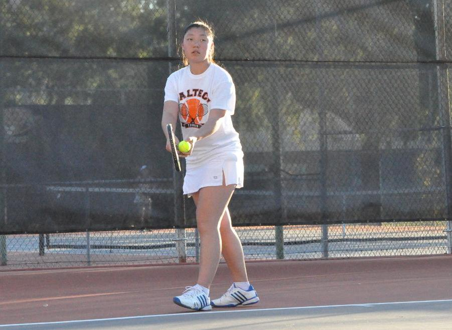 Yao, Wang Lead Shorthanded Women's Tennis at No. 19 Redlands