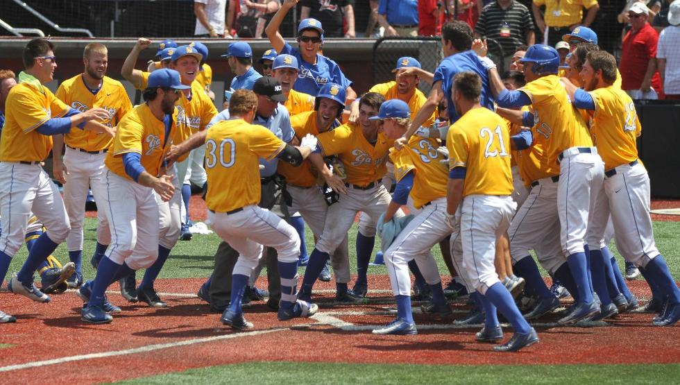 Cohen Walk-Off Grand Slam Sends UCSB to First-Ever College World Series