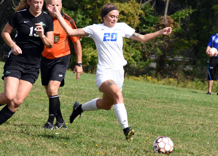Late goal by Maria Sill gives Lakeland first conference victory over Ancilla, 1-0
