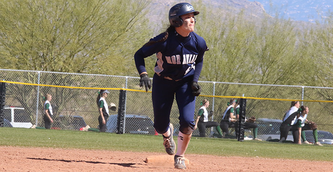Brooke Wehr '21 leads away from second base during the NFCA Division III Leadoff Classic in Tucson, Arizona.