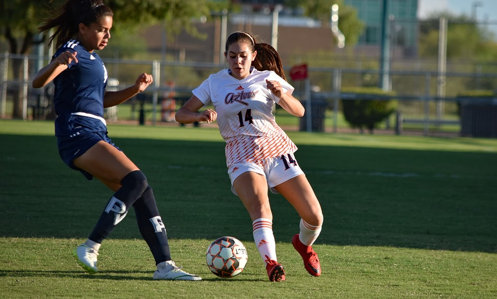 Freshman Julianna Robles (Sabino HS) scored two goals as the Aztecs women's soccer team picked up a 10-0 win over GateWay Community College on Thursday at Kino North Stadium. The Aztecs improved to 1-2 on the season. Photo by Ben Carbajal