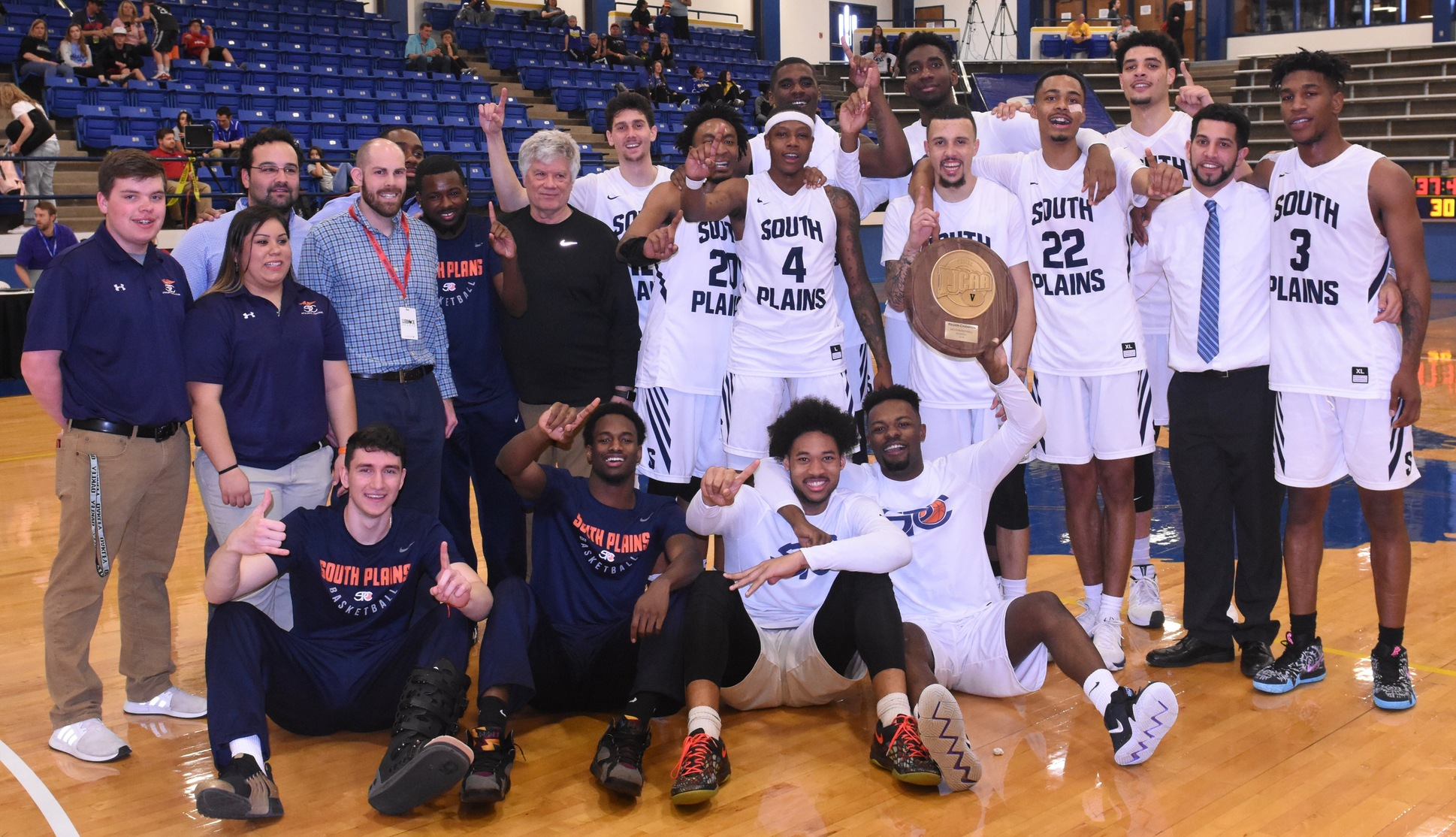 Texans capture Region V title, sink Odessa 101-92 to advance to 2018 NJCAA Men's Basketball National Tournament