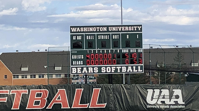 Gorloks Take Game Two Against #15 WashU