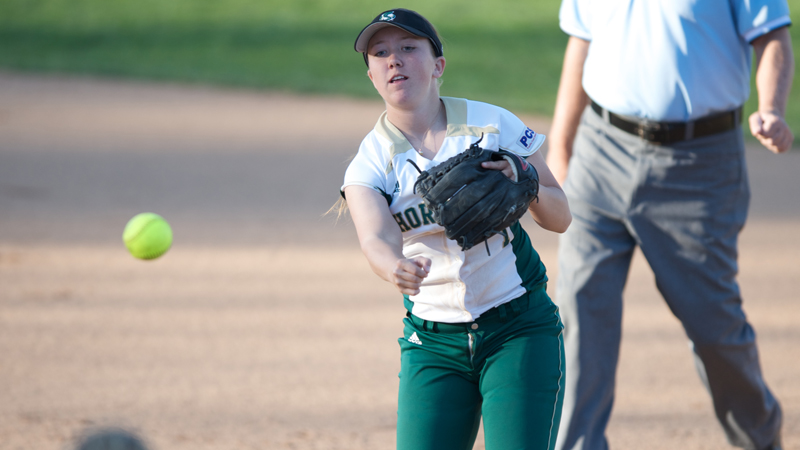 SOFTBALL IMPROVES TO 7-5 WITH SWEEP OF SANTA CLARA