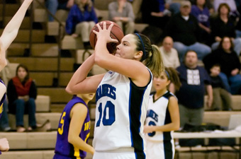 Capra named ECAC women's basketball Player of the Year