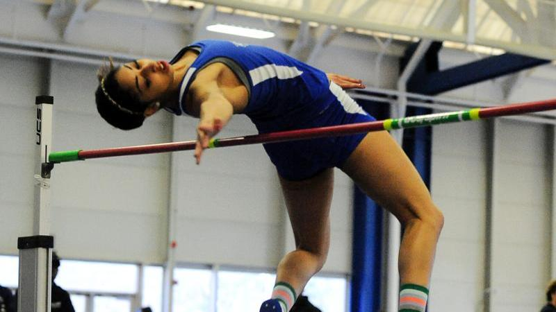 Saunders Sets School Record at USATF Indoor Championships