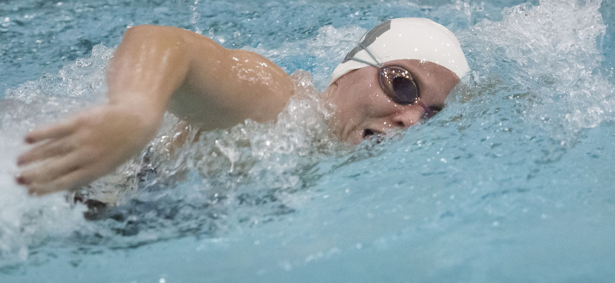 Women's Swimming and Diving Bests Smith, 170-130
