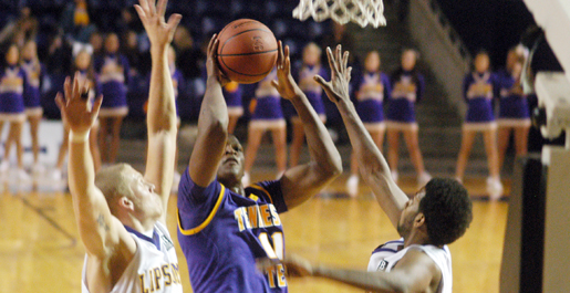 Big second half lifts Oakland past Golden Eagles, 77-56