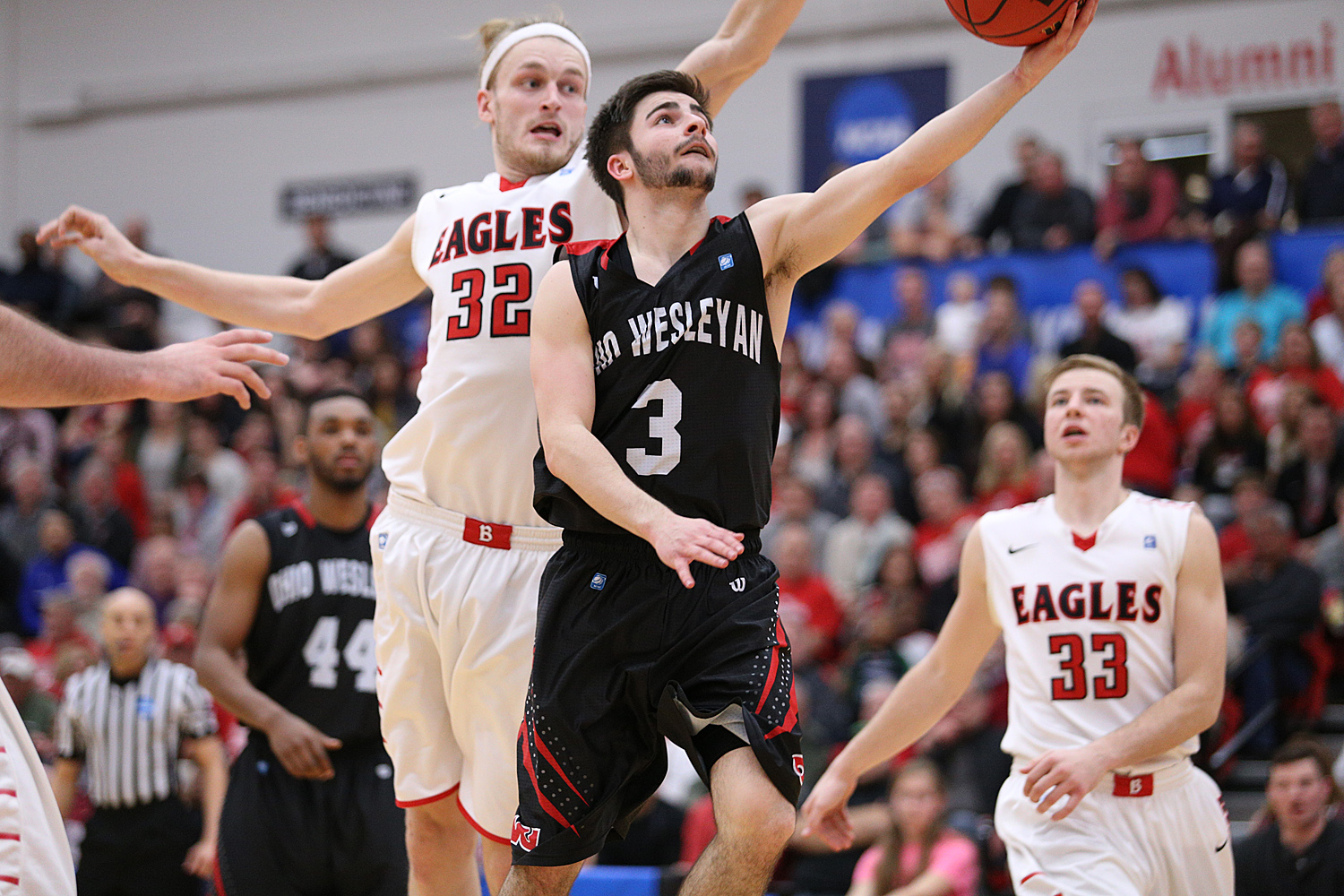 Nate Axelrod (seen last year against Benedictine in NCAA tournament) and Ohio Wesleyan are off to a tough start to the season.