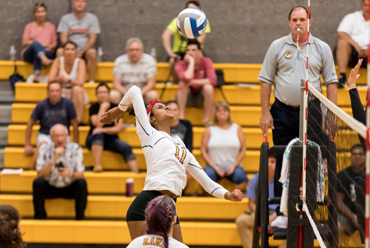Volleyball Drops Regis in Straight Sets at Eastern Nazarene Invitational