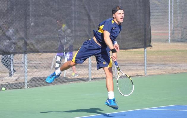 Cobra Men's Tennis Stays Perfect in Conference Play
