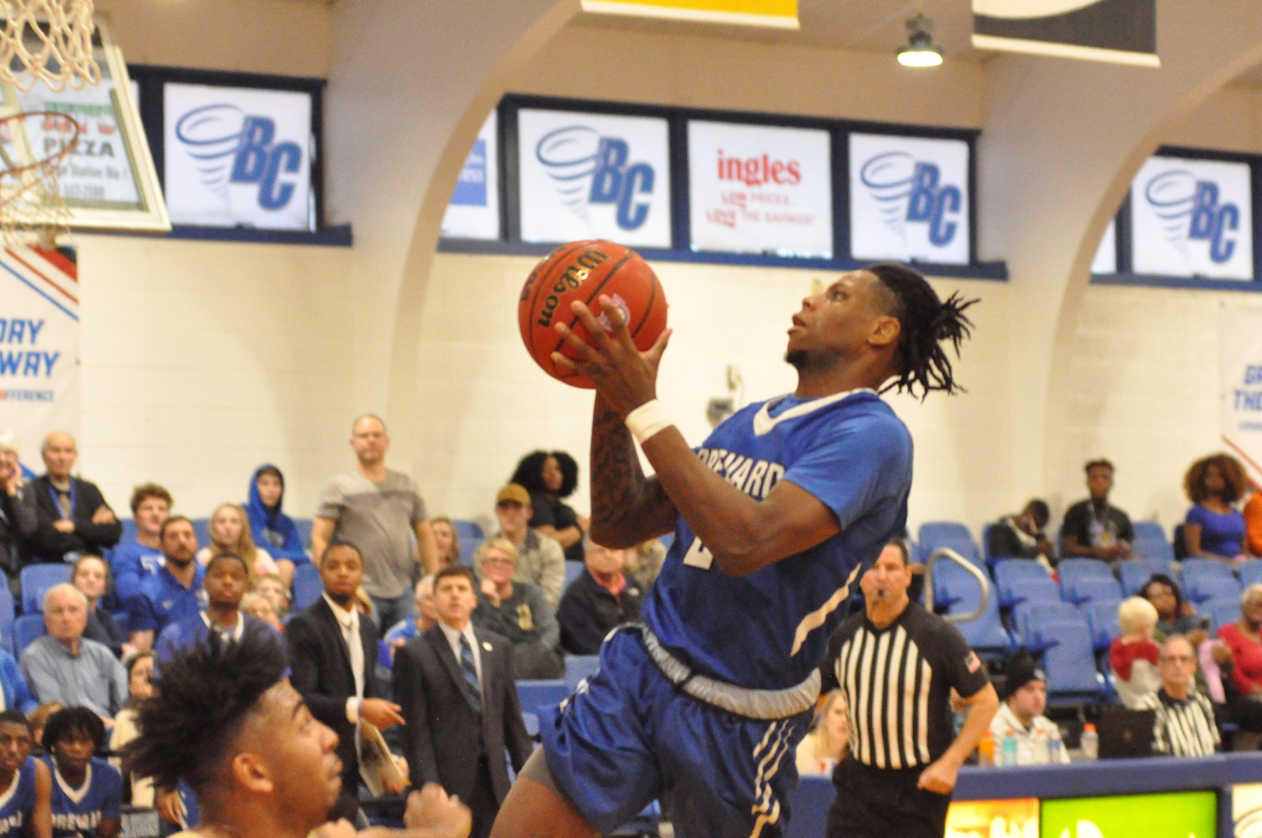 Senior guard Demari Hopper in action at The Bosh (Photo courtesy of Tommy Moss).
