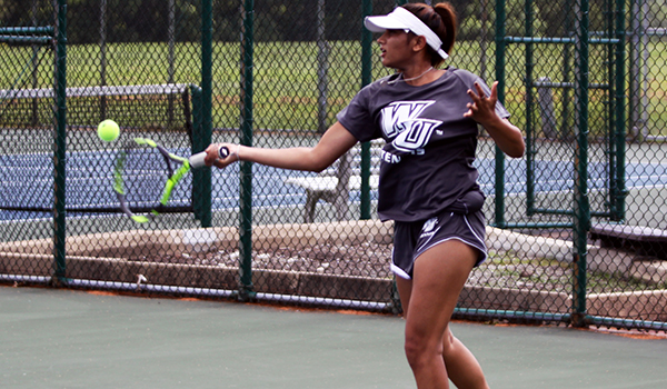 Women's Tennis Earns Program's First Ever Victory, Defeating Bloomsburg, 8-1