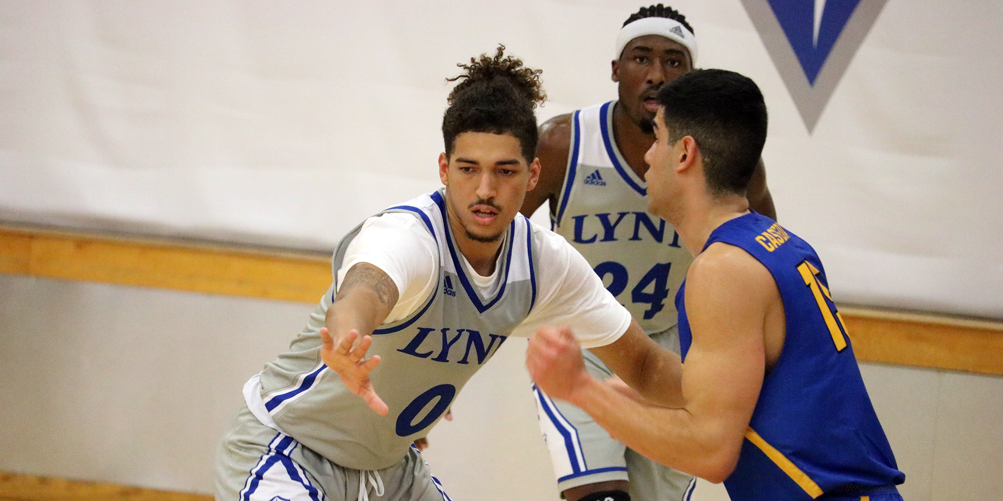 Peterson Pours in Another 22; Tars Sink Men's Basketball
