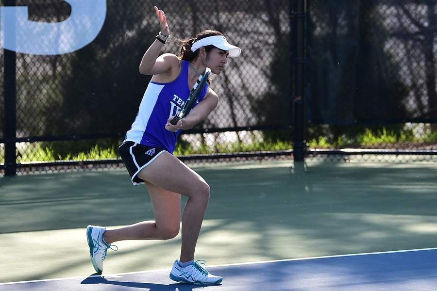 Korina Hernandez earned the final point in an 8-1 victory for the Blue (Barry Millman).