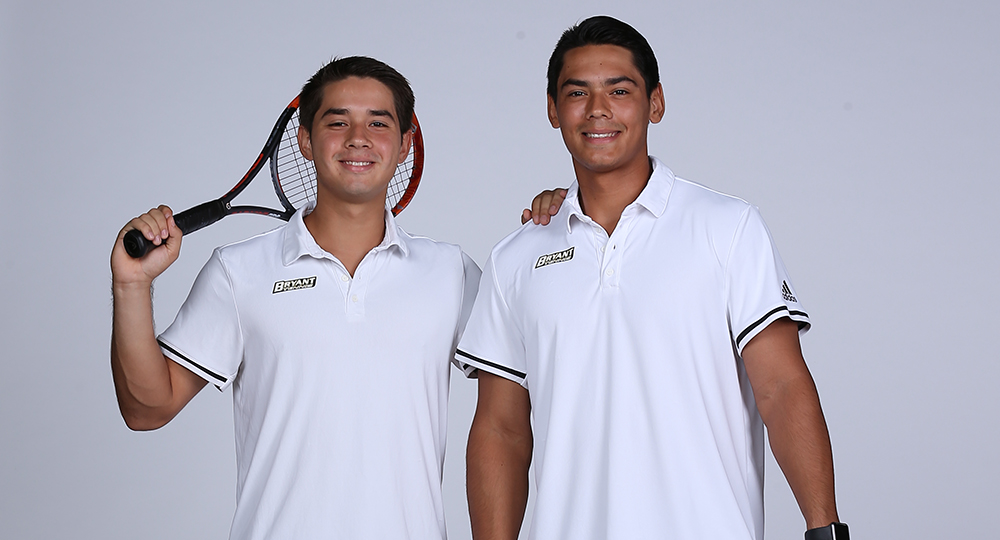 Ortiz-Garcia brothers shine on day one for men's tennis