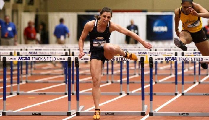 School Record Highlights Week for Women's Track & Field