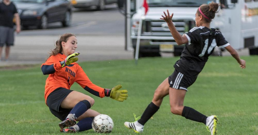 Women's Soccer Drops Game to Caldwell, 0-2