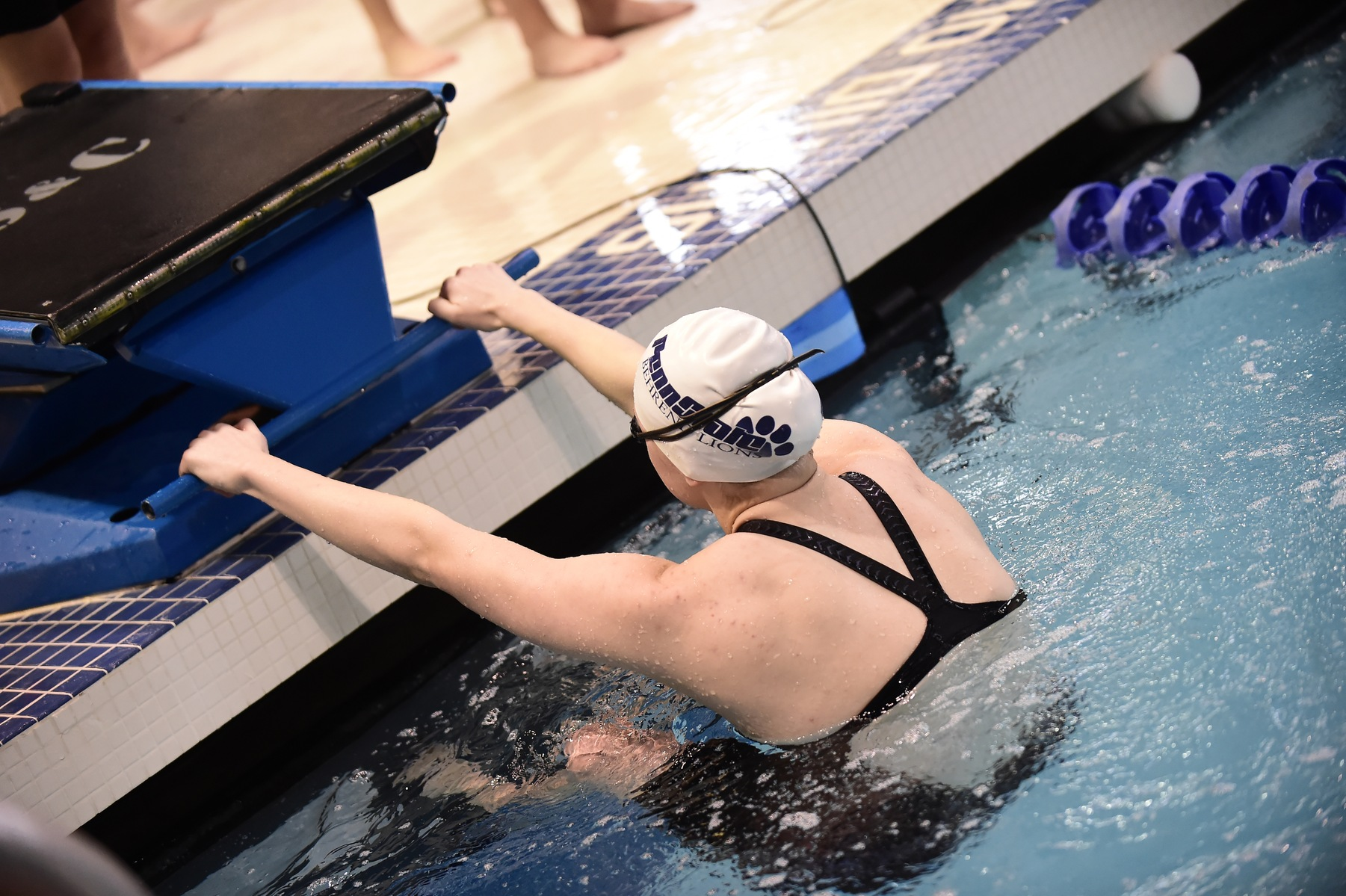 Women's Swimming and Diving Competes at Grove City