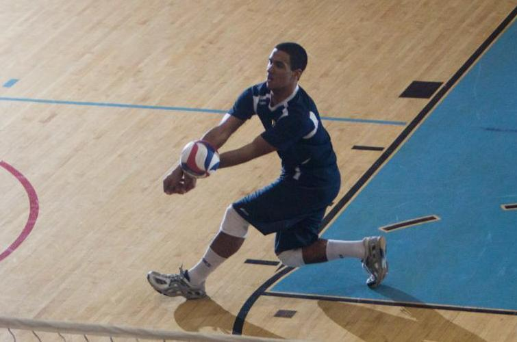 Men's Volleyball Falls to Lightning in Four