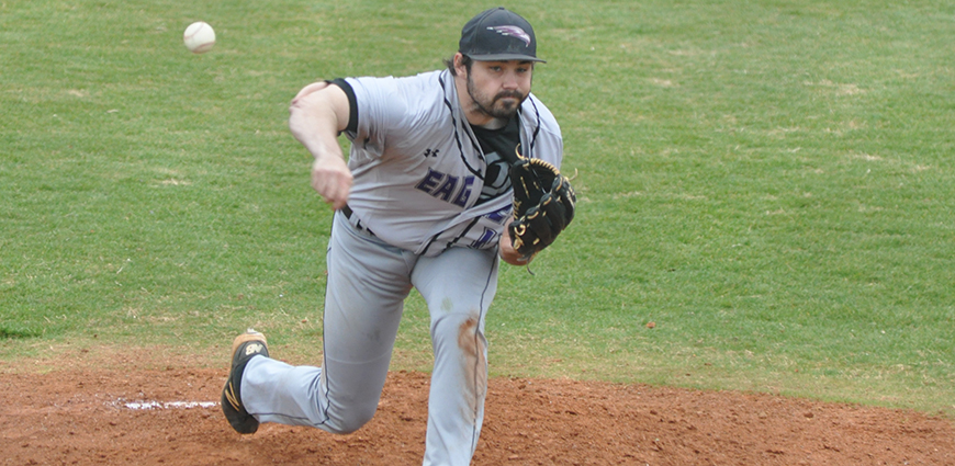 David Beck threw a two-hit complete game against Howard Payne.