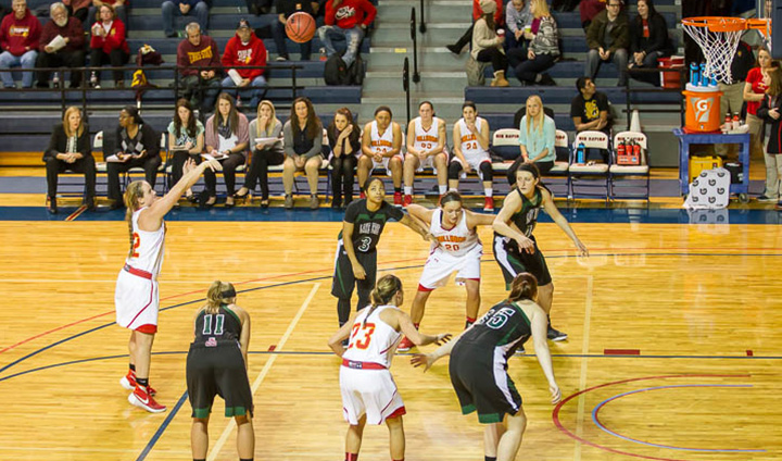 Ferris State Women's Basketball Jumps In Front Early In League-Opening Setback