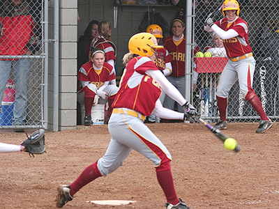 Walk-Off Single In 7th Drops Bulldogs