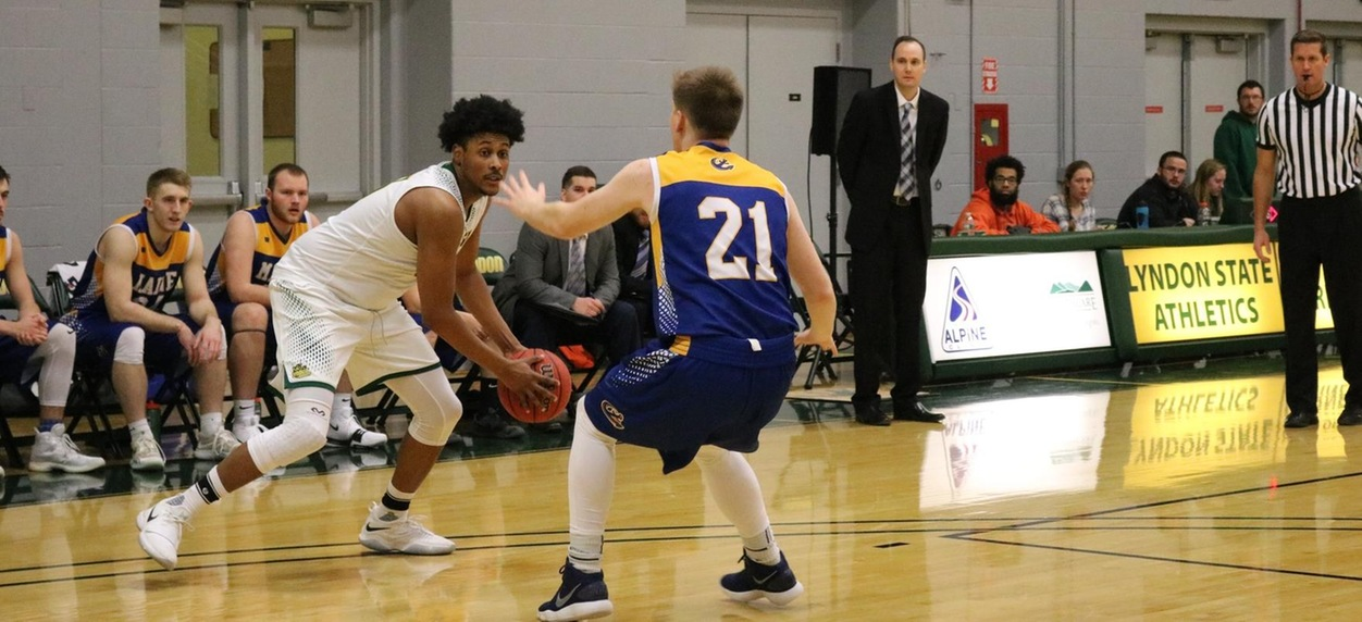 Maine Maritime pulls away from Hornet men in the second half
