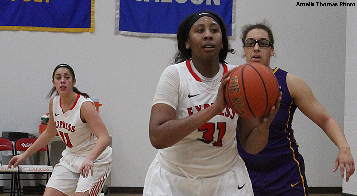 Women's Basketball Starts Year With Win