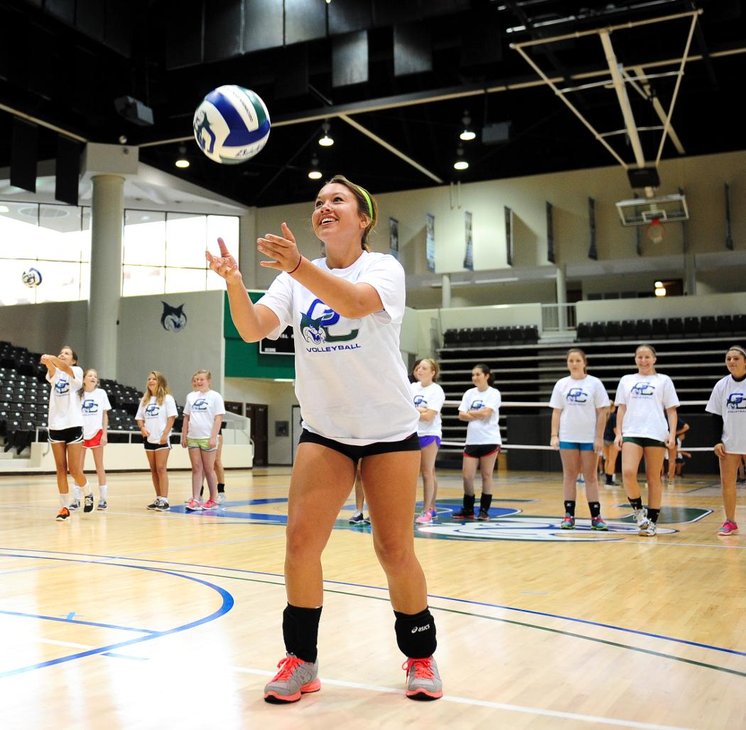 Volleyball Set to Host Overnight Camp July 25-27