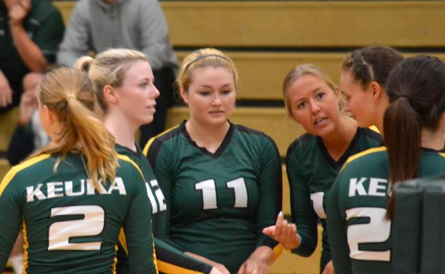 Women's Volleyball Sweeps Saturday