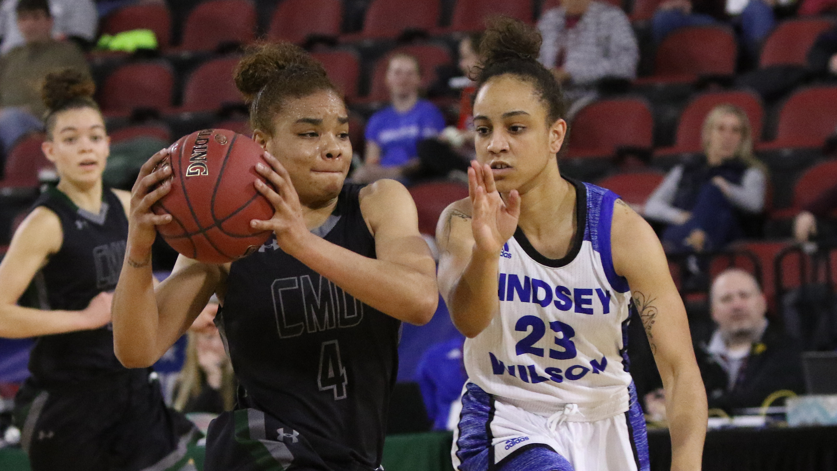 Central Methodist (Mo.) Advances to Quarterfinals Over Lindsey Wilson (Ky.)