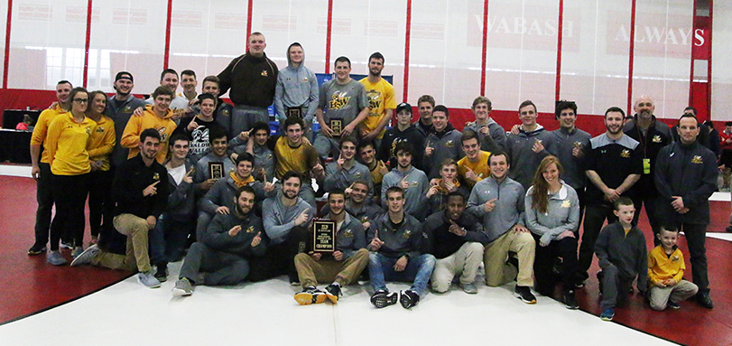 2018 NCAA Division III Central Region Champions (Photo Courtesy of  Ian Ward)