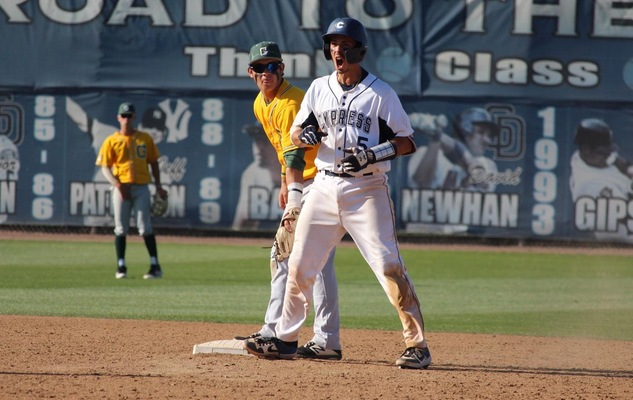 No. 11 Chargers Travel to Face No. 6 Bakersfield in CCCAA Regional Showdown