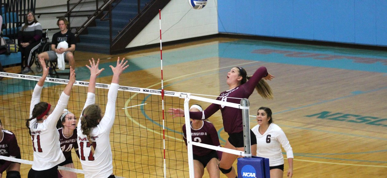 Women's Volleyball Battles Past MIT For Spot In NCAA Division III Championship Sweet 16