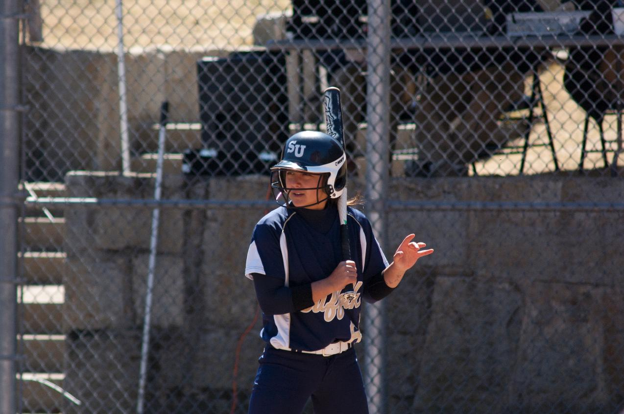 Softball Sweeps Anna Maria on Wednesday