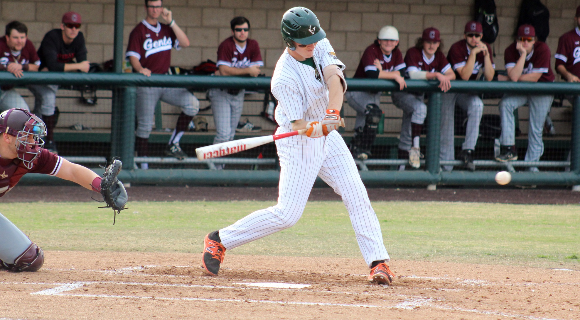 Baseball beats No. 8 Centenary
