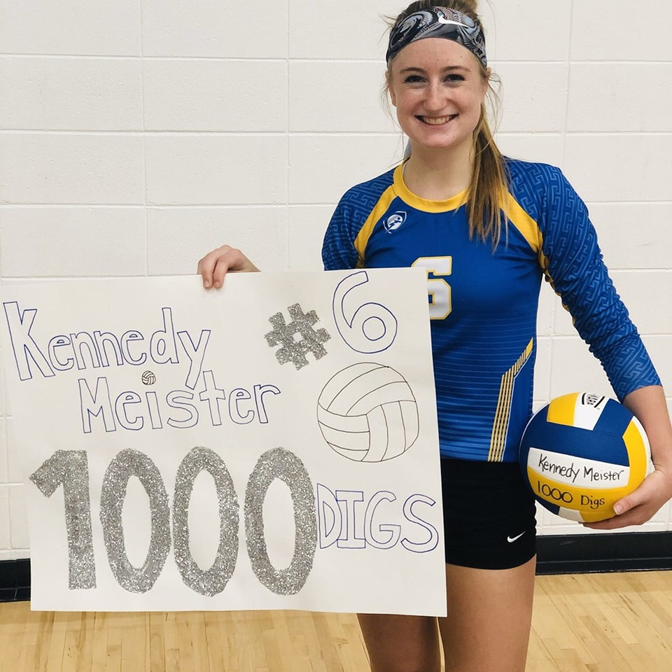 NIACC's Kennedy Meister recorded her 1,000 career dig Wednesday night at Ellsworth.