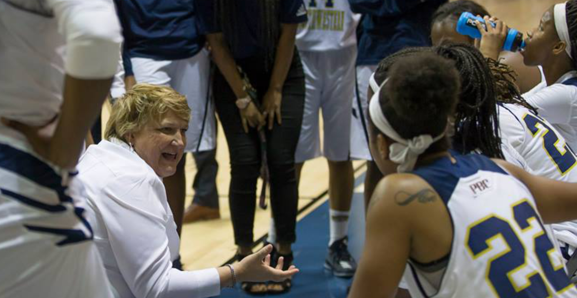Lady Cougars Too Much For GSW In Columbus