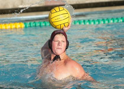 Broncos Advance To WWPA Semi-Finals With 10-6 Win