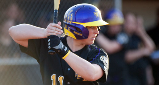Golden Eagle softball team splits first two games of Sleep Inn Classic