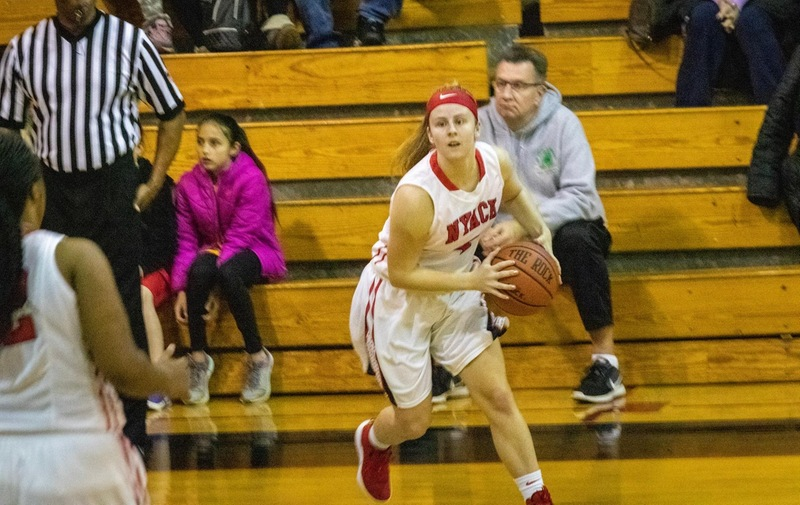 Women's Basketball Edged out by Concordia